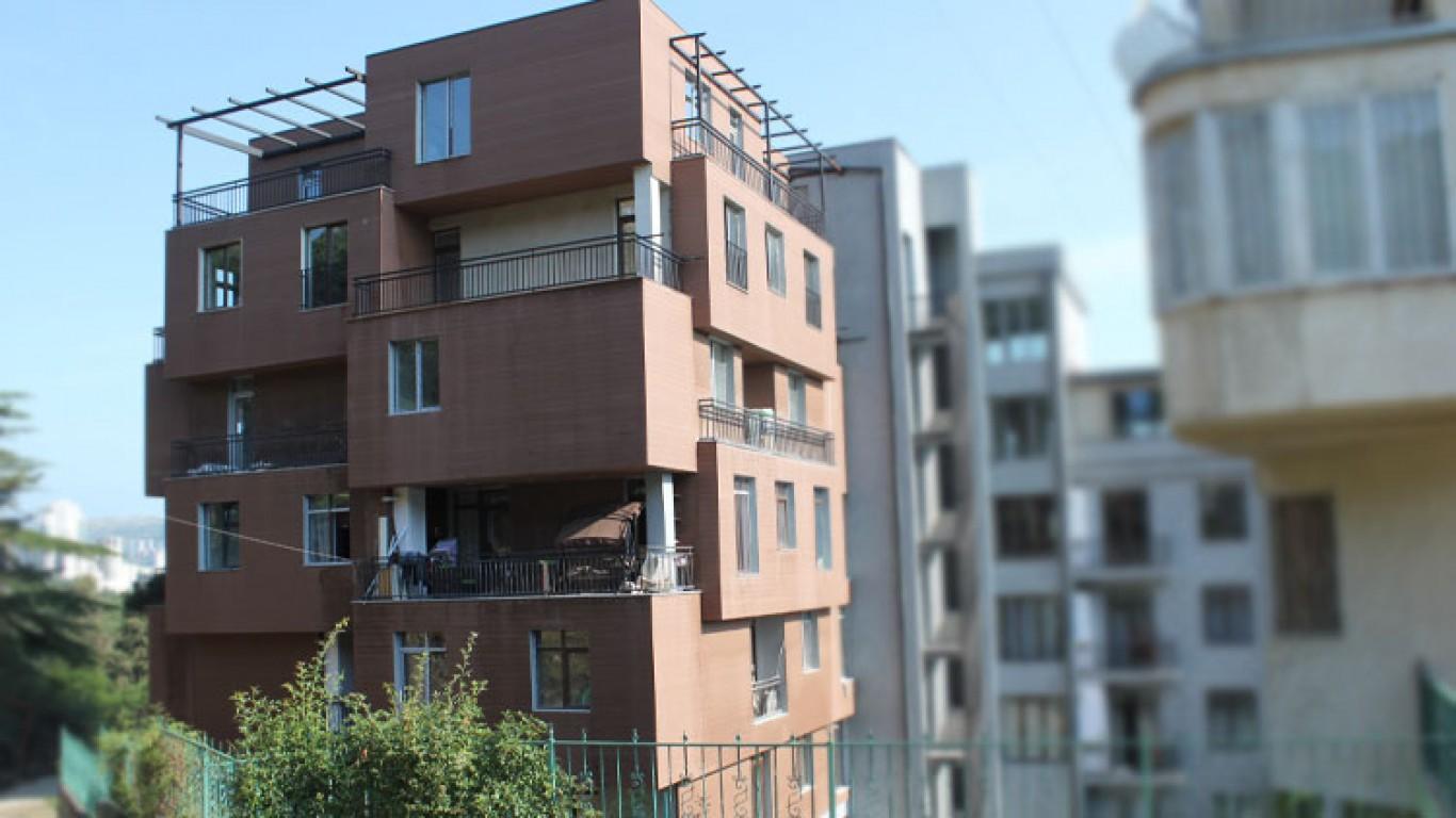 7 სართულიანი საცხოვრებელი სახლი